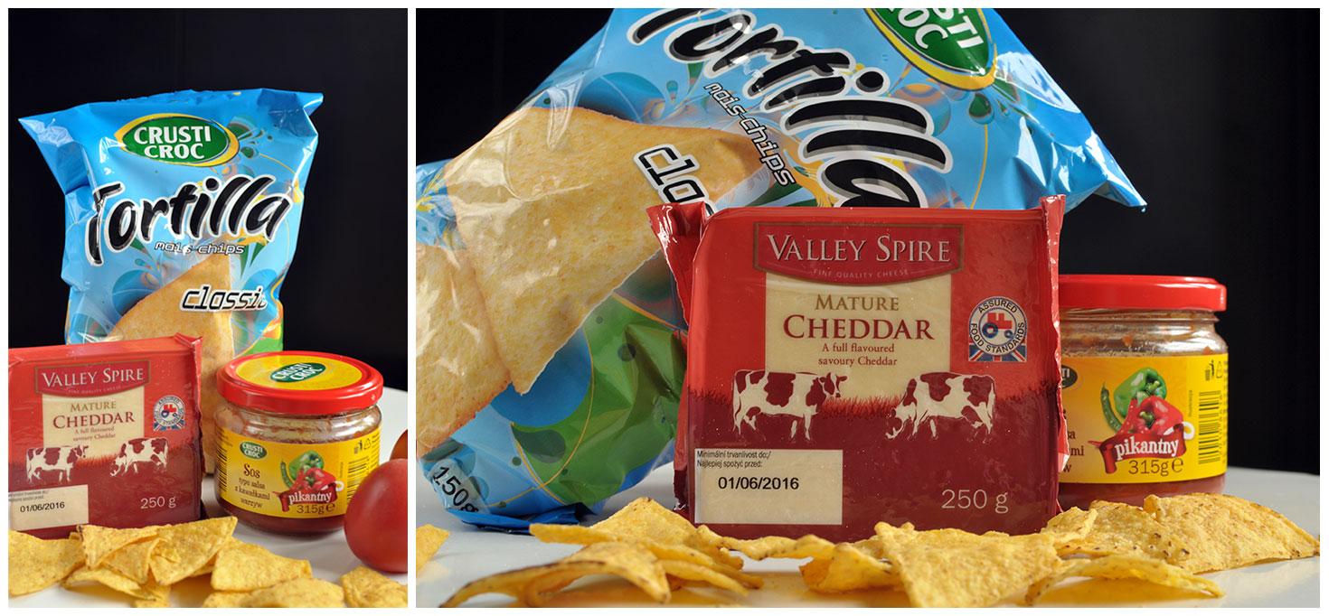 Nachosy z cheddarem i pomidorową salsą - Podróże ze smakiem
