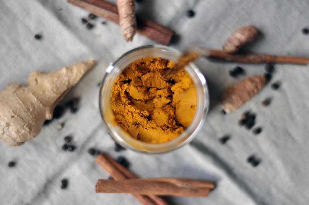 Złote mleko - pasta z kurkumy